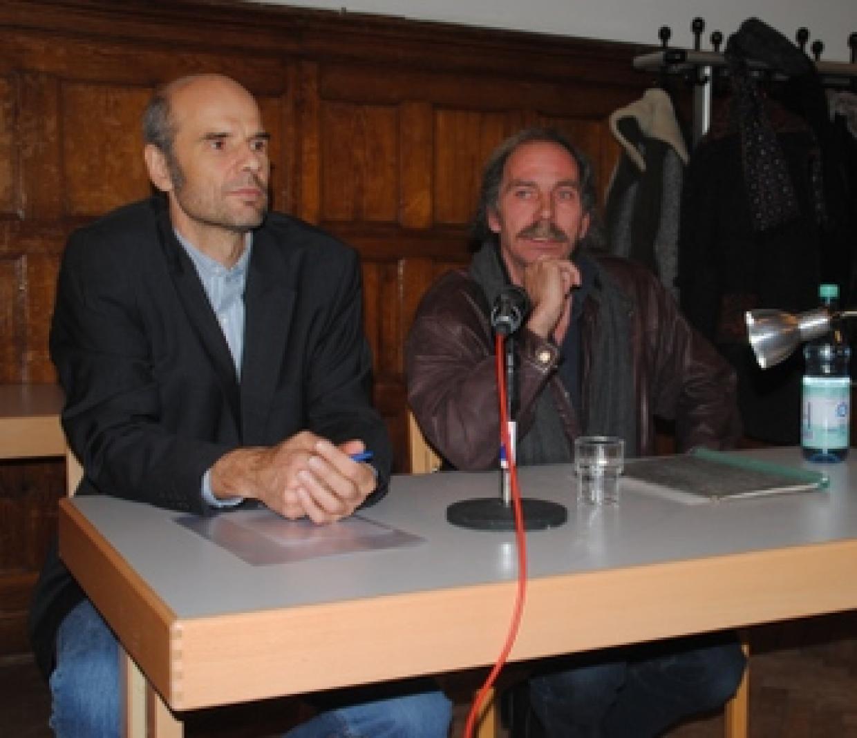 Geschäftsführer Thomas Gill (links) und Autor Hans-Joachim Schmidt