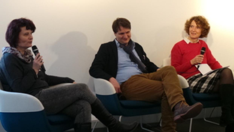 Podiumsgespräch mit Kerstin Kersten (OSZ Johanna Just), Bildungsreferent Frank Hofmann und Ina Bielenberg (Arbeitskreis deutscher Bildungsstätten)